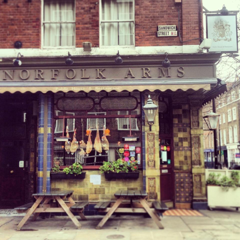 The Norfolk Arms Bar Restaurant